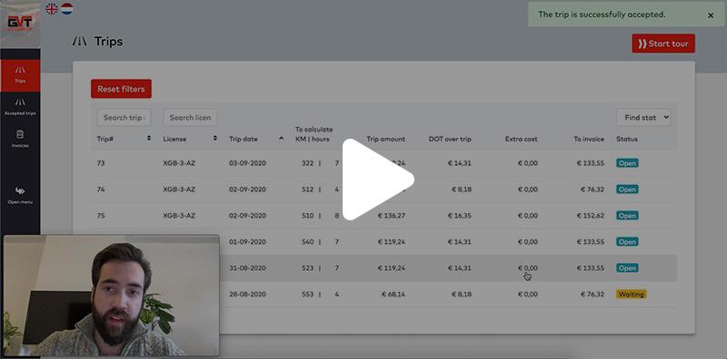 screenshot van de video waarin persoon demo geeft van een online portaal applicatie